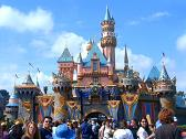 disneyland - great places to visit with kids