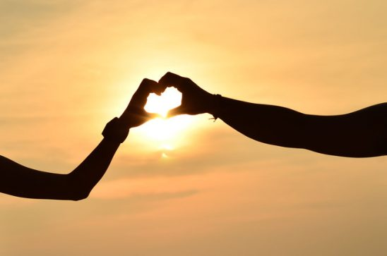 love-in-the-sunset-1337854